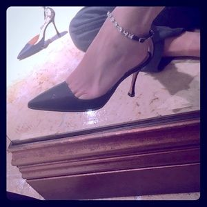 Authentic like new MANOLO BLANIK heelsw cystals